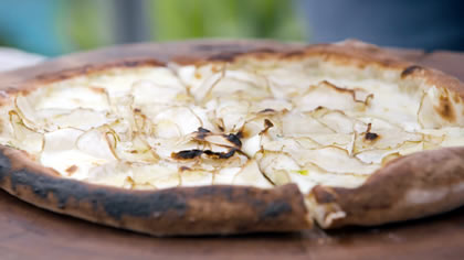 Jerusalem Artichoke Pizza